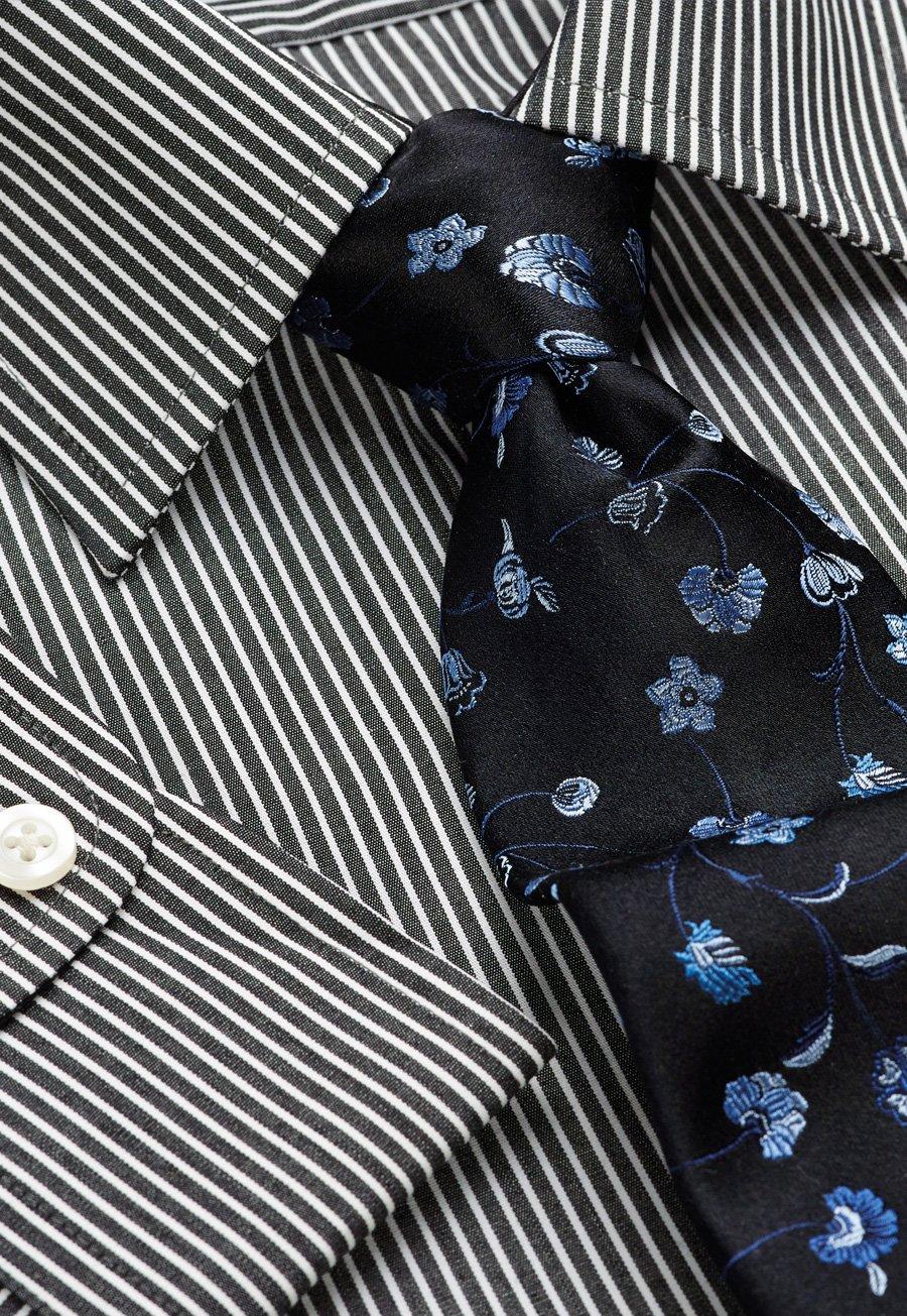 Black And White Stripe Single Cuff Shirt