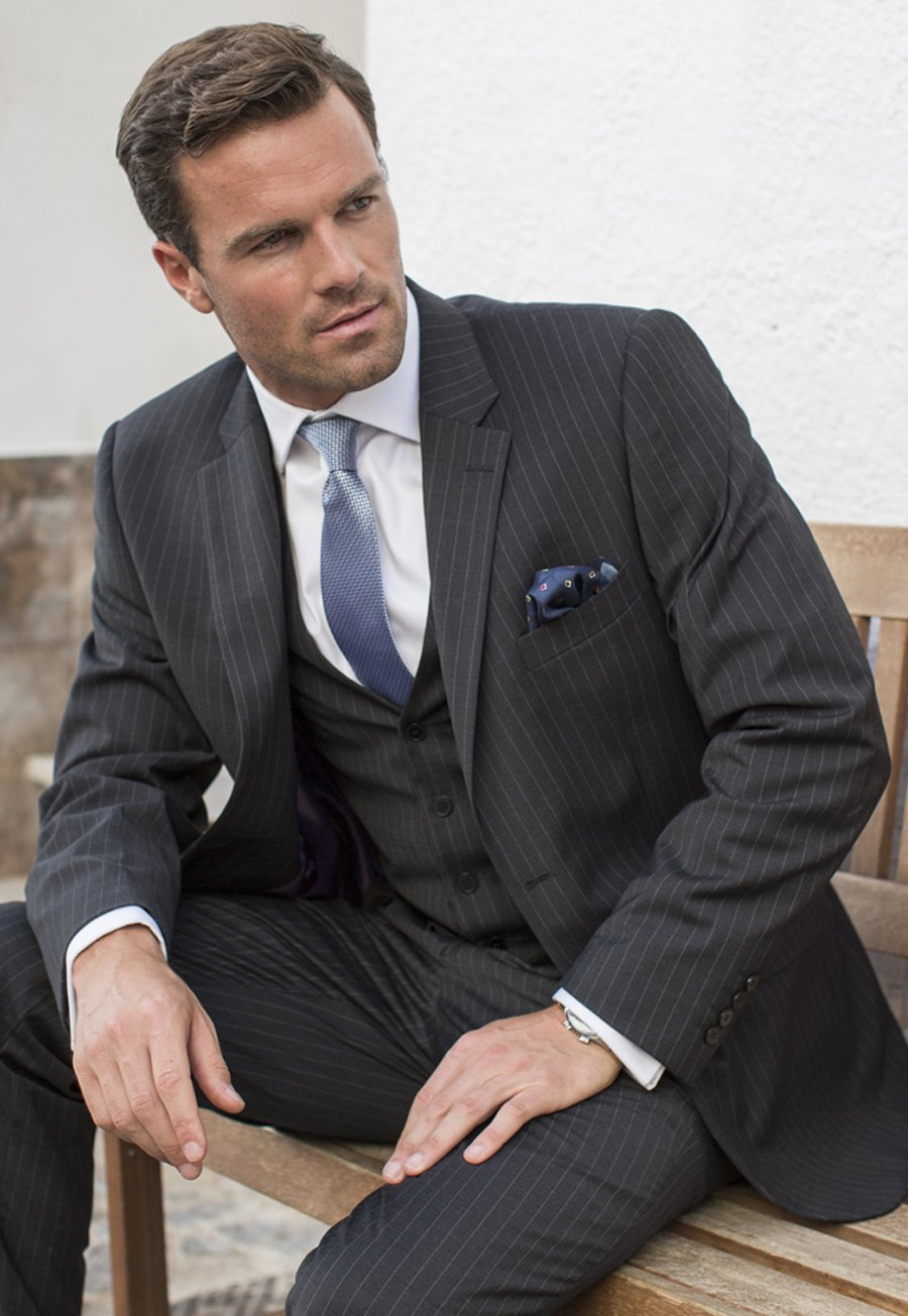 Men's Clothing Avalino Charcoal Pinstripe Washable Crease Resistant 3 Pcs Travel Suit