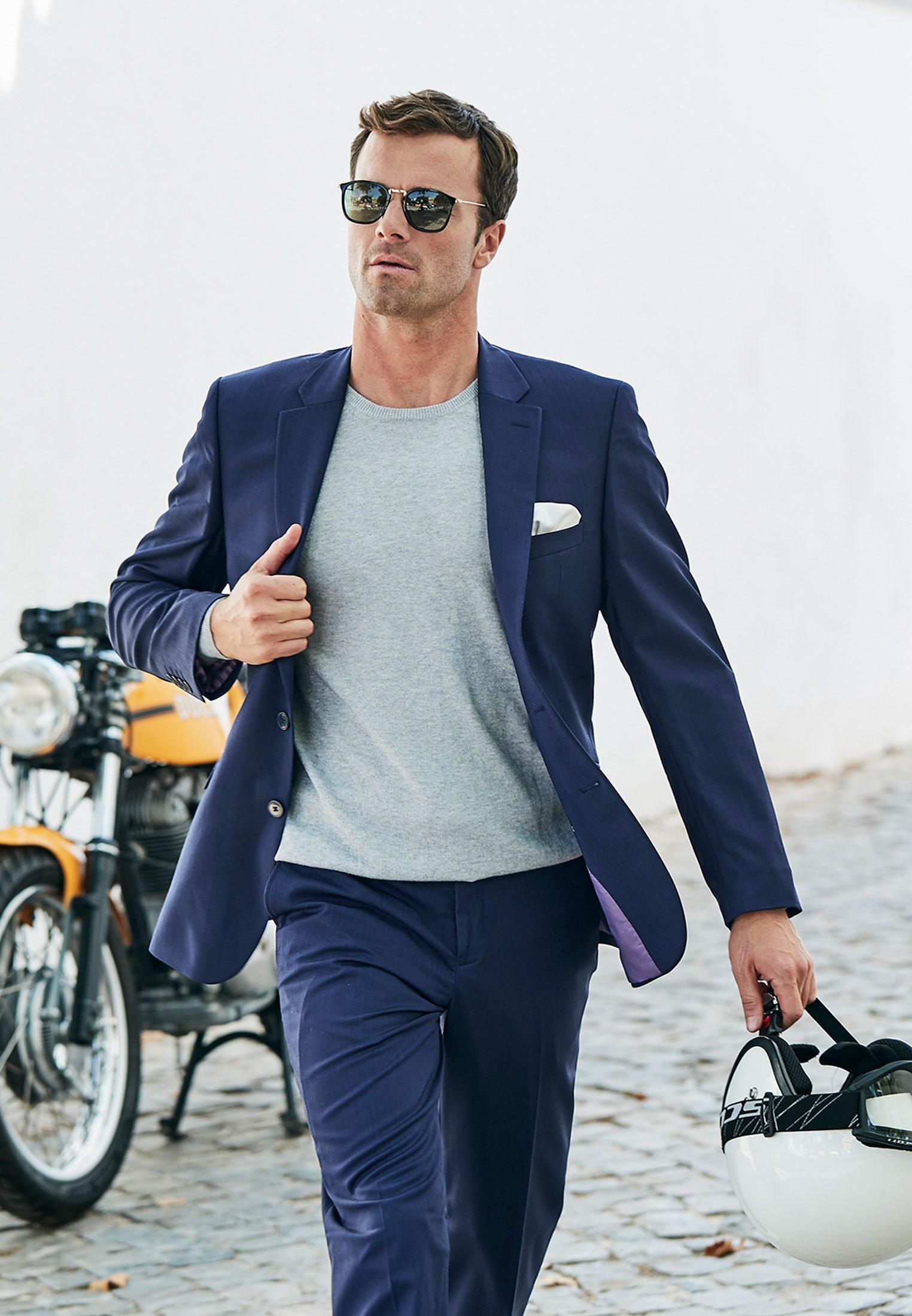 Avalino Mid Blue Washable Crease Resistant 3 Pcs Travel Suit