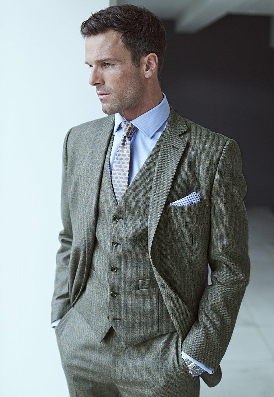 Chivenor Three Piece Check Suit